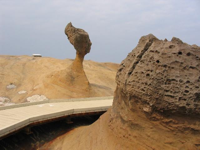 tw—7 野柳风景区:海边的奇石怪景