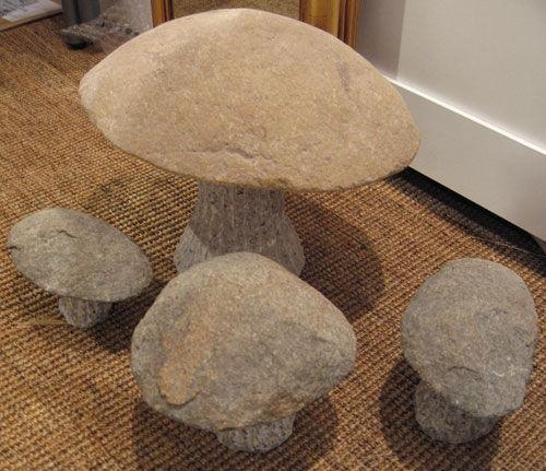 石头工艺品 请大家选一个做起来带到幼儿园里哦