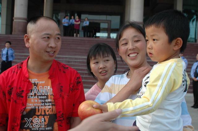 四个被拐卖儿童的故事之:登