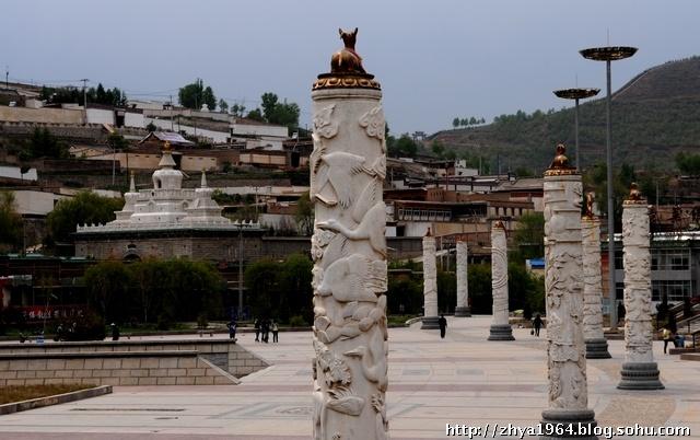 印象塔尔寺