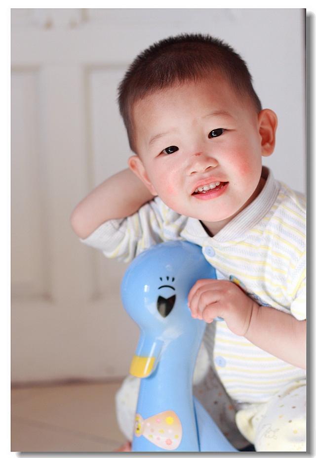 宝宝 壁纸 儿童 孩子 小孩 婴儿 640_927 竖版 竖屏 手机