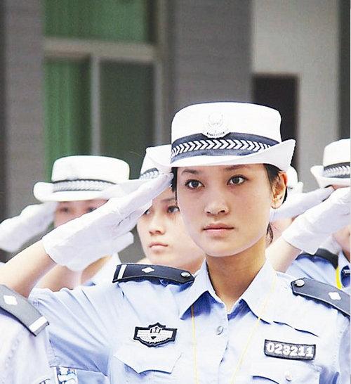 中国最美女警三八节获殊荣 图 ,张昂西安因你而美丽,西安最美女警