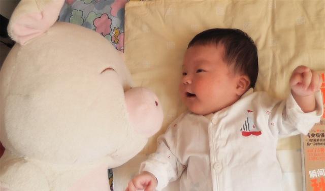 宝宝 壁纸 孩子 小孩 婴儿 640_376