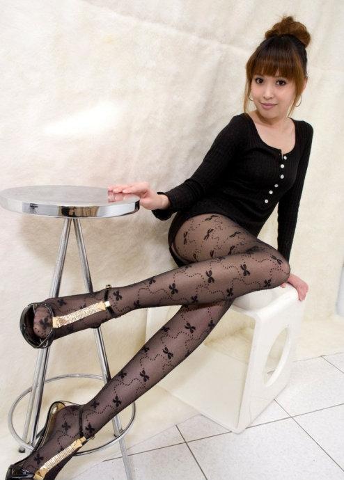 无内透明丝袜美女图片大全 黑丝网格丝袜性感美女